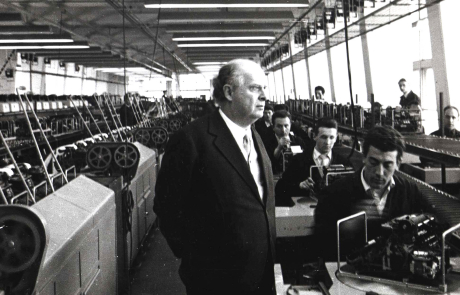 Aziende di successo – La grande storia di Adriano Olivetti